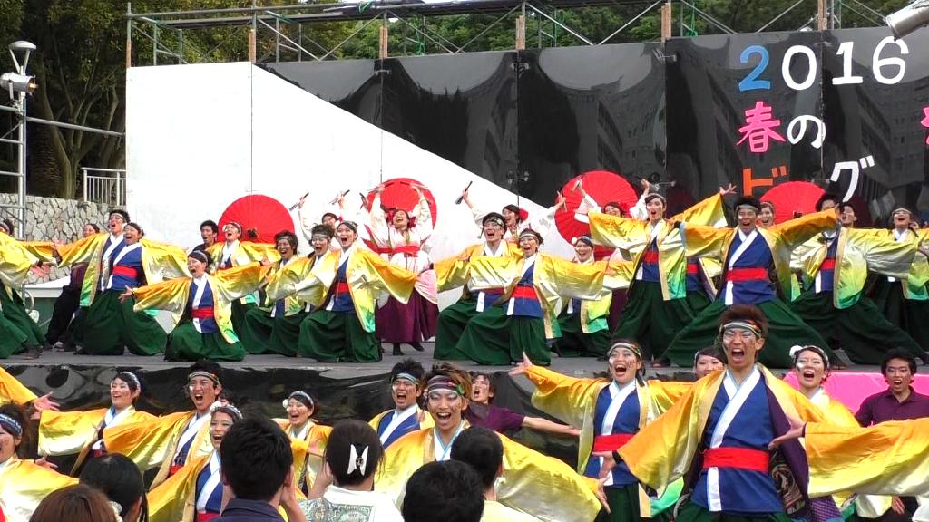 大人気ステージ「よさこいサークルお茶ノ子祭々」